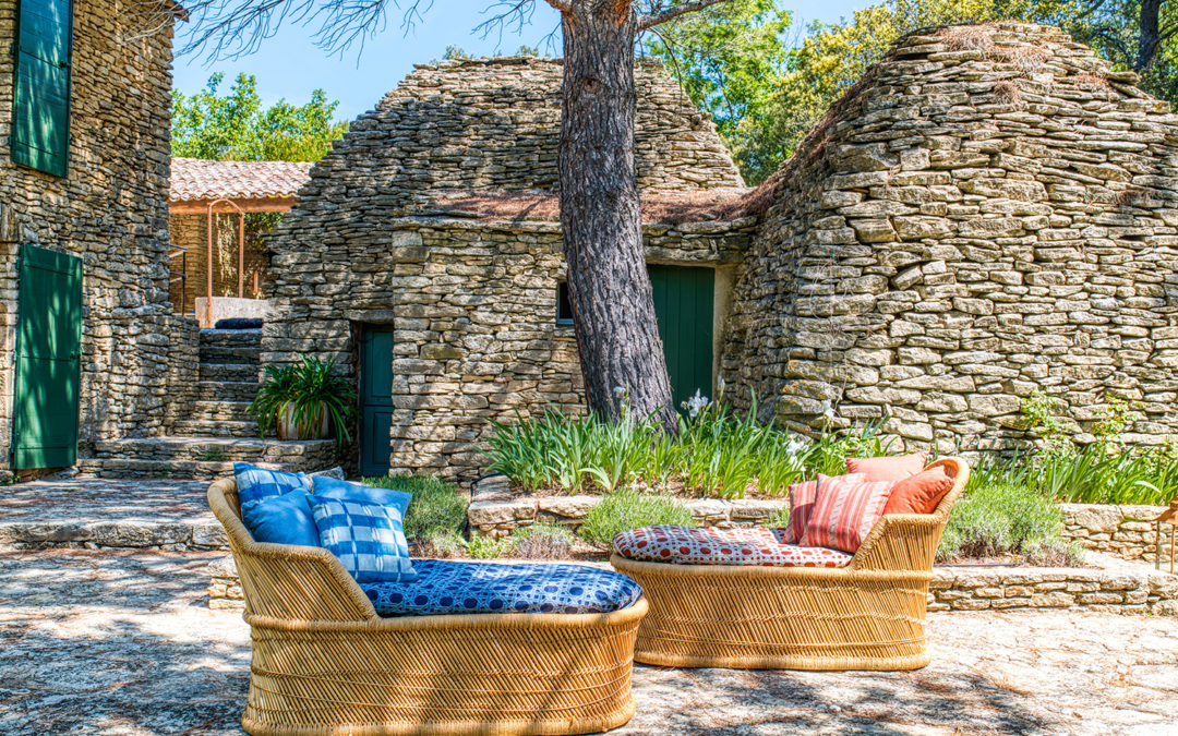 La Maison Thevenon réunit Casa Lopez et Carolina Irving Textiles pour une collection Outdoor
